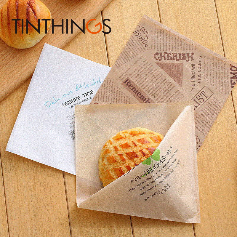 1000 pcs 15x15cm oil proof Kraft paper bag Trigonometric sandwich Donuts bread bags for Bakery Clover Newspaper Sweet Customized