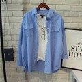 2017 Estilo Simples Mulheres de Algodão de Manga Longa Azul e Branco Camisa Listrada Bolsos Duplos Blusa Solta MP114 de Garantia de Qualidade