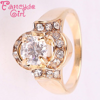Fancyde Girl Brand Christmas Big Sale Vintage Oval Desgin Gold Color Austrian Crystal Finger Rings For Women Fashion Jewelry