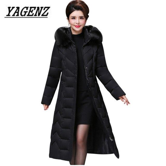 معطف شتوي باركاس نسائي كبير الحجم متوسط العمر معطف طويل من القطن السميك الدافئ ضد الرياح ياقة فرائية للنساء معطف بقلنسوة 5XL