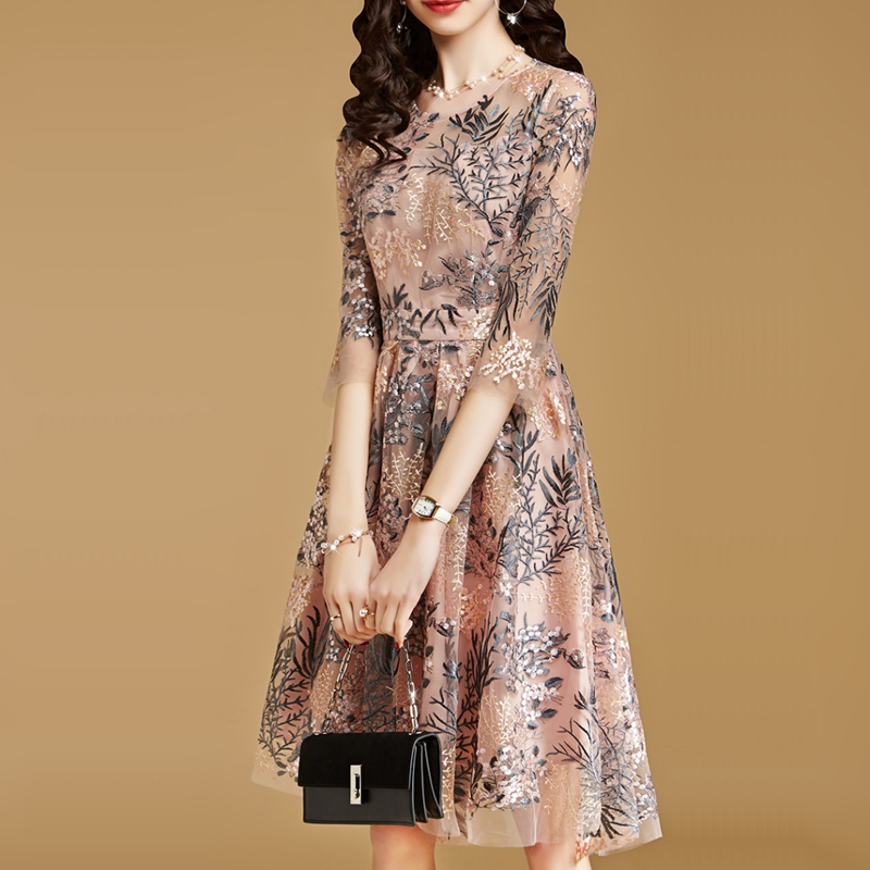 Autumn Dresses Women Clothes Senior Embroidery Gauze Lace Slim A Line Dress New Ladies Nightclub Evening Party Dresses