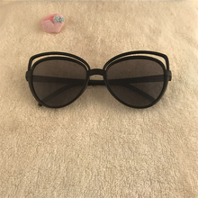 VESTEY Fashion Cat Eye Sunglasses Women Brand Designer Retro Pierced Female Sun Glasses oculos de sol feminino UV400