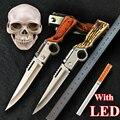 Com AK47 Gun Em Forma de LED Caça Faca de Aço 440 Lâmina Rosewood Handle Tactical Folding Knives Survival Ferramenta Camping Jackknife