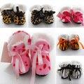 Nueva Llegada de La Venta de Invierno gruesos Zapatos de Leopardo de impresión zapatos Del niño del Bebé/zapatos de bebé hogar