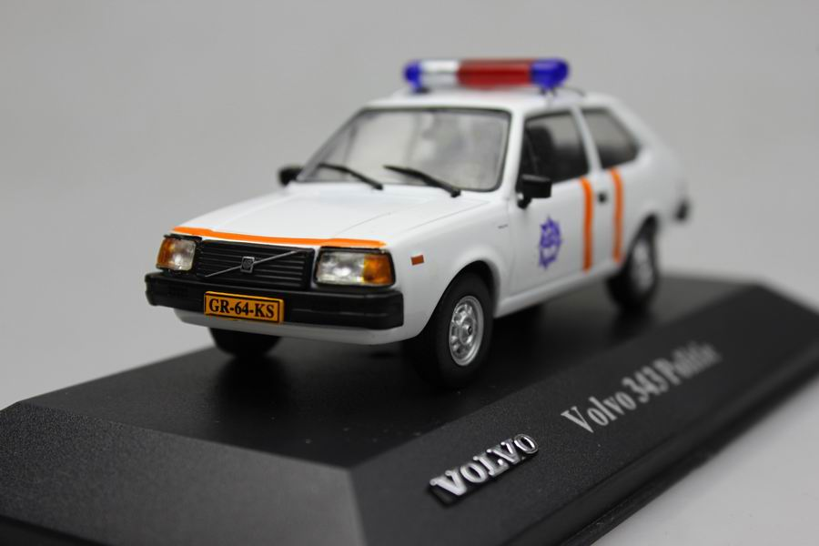 Atlas 1:43 VOLVO 343 Politie Alloy car model vintage cars-in ...