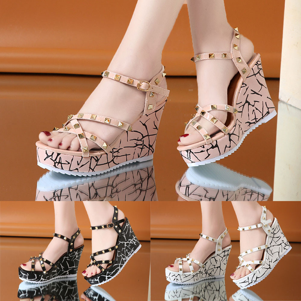 Zapatos Mujer 2018 Shoes Woman Sandals Wedge Summer Lady Fashion High Heels Sandals Elegant Rivets Women Shoes Platform Wedges 23