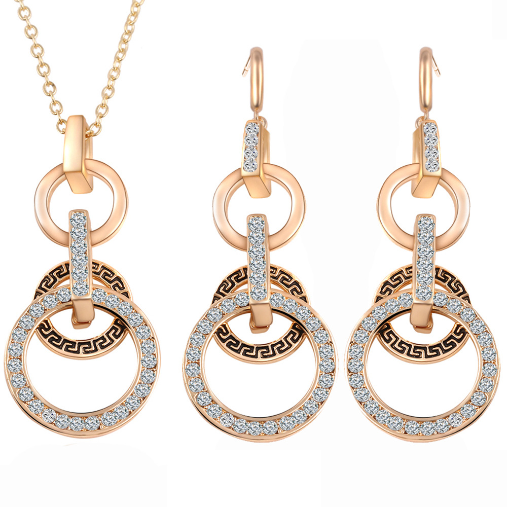 Gold Color Austrian Crystal Necklace Earrings Set Women Fashion