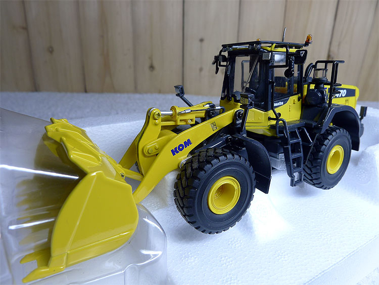 1:50 8114 WA 470-8 loader excavator model alloy engineering vehicle model Alloy collection model цена