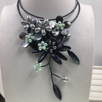2019 New Arrival Gray Pearl Black Shell Flower Necklace seed bead Choker Necklaces for Women