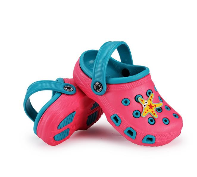 2018 Summer Baby Sandals Boys Girls Slippers Comfortable Cute Slippers Outdoor Kids Cartoon EVA Clog Sandals Boys Beach Shoes