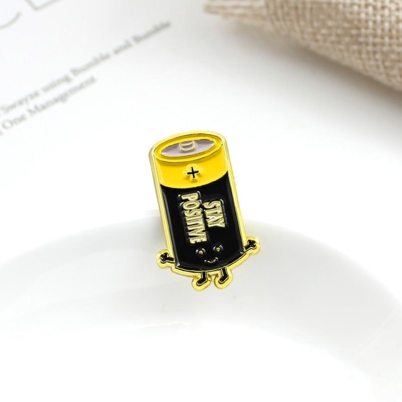 胸针电池9