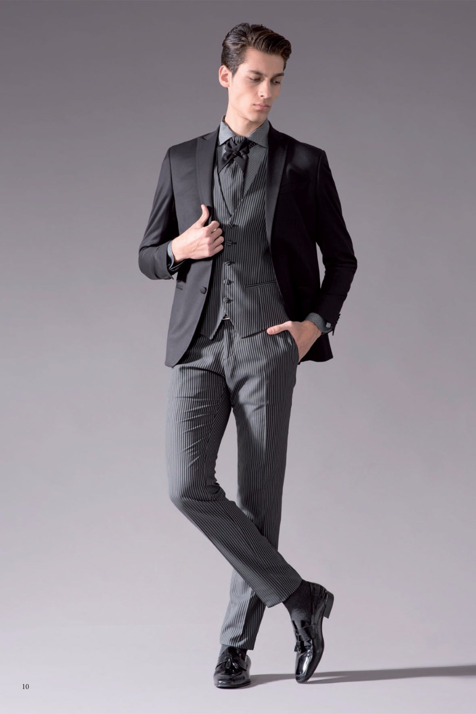 2017 Latest Coat Pant Designs Black Grey Stripes Prom Men Suit Slim Fit Tuxedo 3 Piece Custom Groom Gentle Suits Terno Masculino