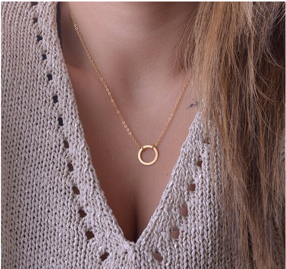 2016 Hottest Fashion Casual Personality Circle Lariat Pendant Gold Color Necklace High Quality Simple Choker Necklaces Women