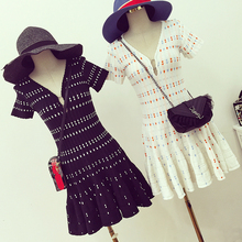 new arrival ! 2016 spring and summer ladies elegant deep V-neck color block tartan slim short-sleeve knitted one-piece dress