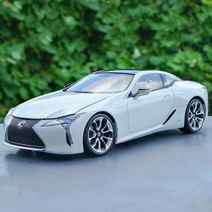 Изысканный подарок 1:18 LEXUS LC500h сплав модель автомобиля, высокая имитация металлическая модель автомобиля, расширенная коллекция и подарок, б...