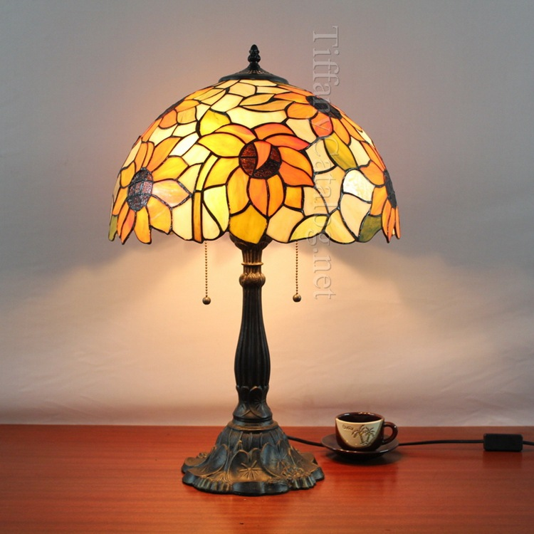 tiffany hathy european sun flower bedroom bedside lamp lighting living room decorative sunflowers hotel front deskdesk lamps - Glass Front Hotel Decoration