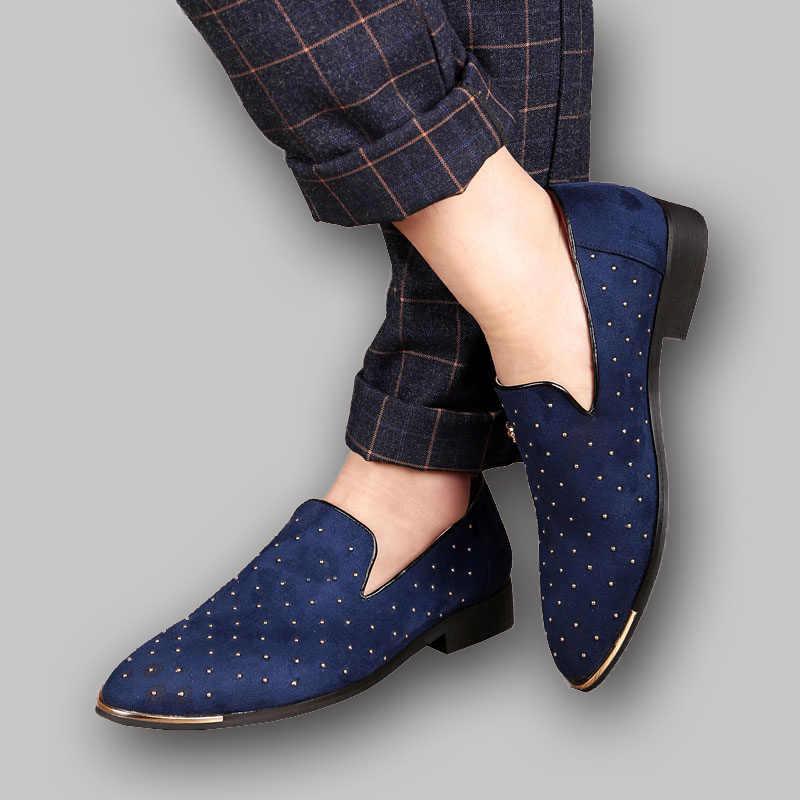 UPUPER Puntschoen Mannen Loafers Mocassins Blauw Zwart Klinknagel Decoratie Trouwjurk Schoenen 2019 Fashion Slip-on Flock Boot