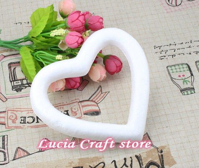 Lucia Artesanato 13 cm Produto Isopor Para DIY Pintado Festa de Casamento  da Forma Do Coração 130f207036c7f