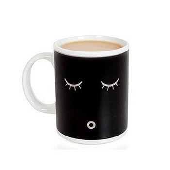Taza de té de cerámica fría reactiva caliente taza de té mágica para el hogar sensible al café