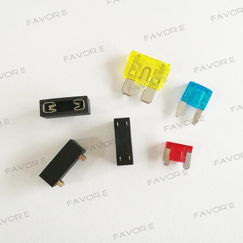 Homyl 10 Pieces AC 125V 15Amp//250V 10Amp PCB Panel Fuse Holder for 5 x 20mm Glass Fuses