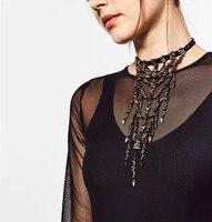 Nouveau serré collier ras du cou collier de mode noir cristal de mélange rivet gland long à poitrine mode femme déclaration collier