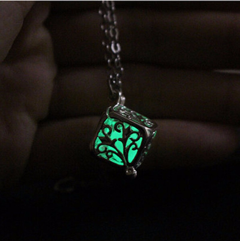 Magic Luminous Steampunk FIRE Locket Glow In The Dark Pendant Glowing Necklace