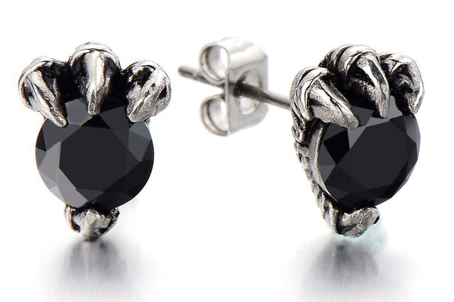 2pcs Dragon Claw Mens Stud Earrings With 6mm Black Cubic Zirconia Ear Studs