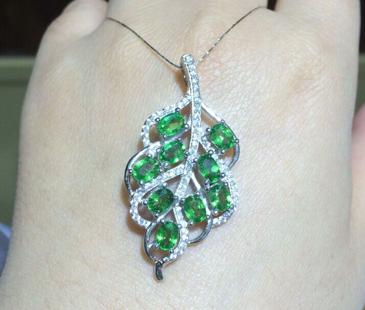 natural multicolor tourmaline gem pendant S925 silver Natural Tsavorite Necklace trendy Luxury Lucky leaves women fine jewelrynatural multicolor tourmaline gem pendant S925 silver Natural Tsavorite Necklace trendy Luxury Lucky leaves women fine jewelry