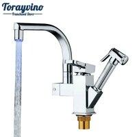 Torayvino Good Quality Concise Style Kitchen LED Light Mixer Single Holder Kitchen Faucet Polished Chromed Pull