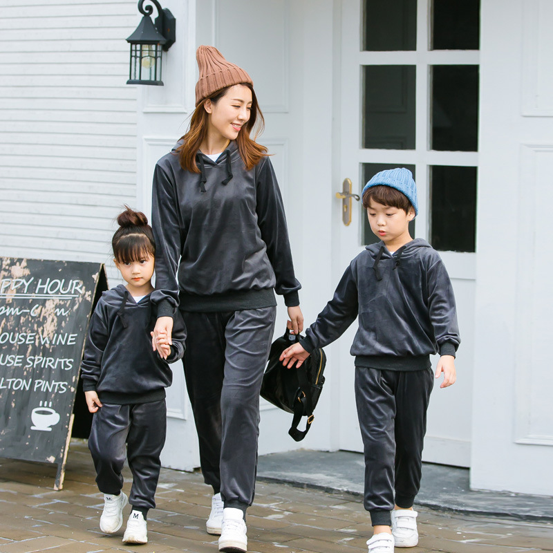 Mother and Daughter Velvet Sets Solid Long Sleeve Clothes Drak Blue Causal Clothing Autumn Winter Family Matching Outfits