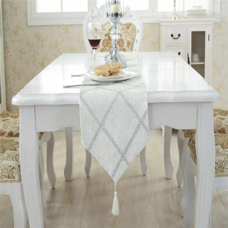 Luxury Fashion Diamond Lattice Velvet Table Runner Bed Runner Party Wedding Decors Stripe End of the Bed Table Cloth Towels