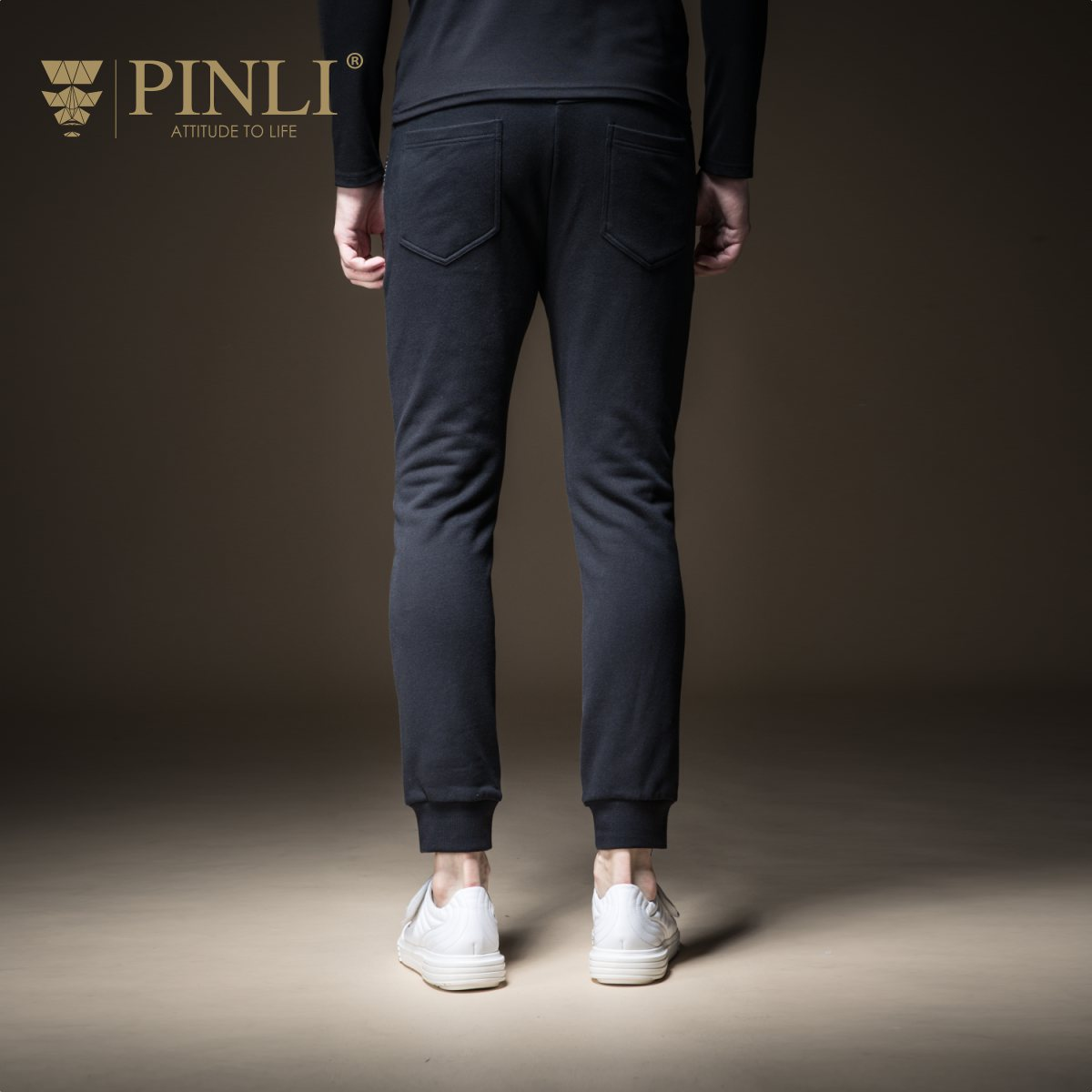 2019 jogginghose Pinli Produkt Hergestellt Männliche Kleidung Fußabdrücke Der Neue Fonds Von Herbst Blume Fuß Männer Freizeit Hosen B183317320