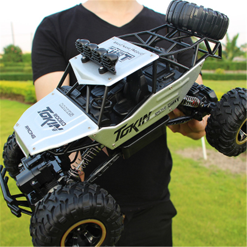 28cm RC Car 1/16 4WD 4x4 Driving Car Double Motors Drive Bigfoot Car Remote Control Car Model Off-Road Vehicle Toy