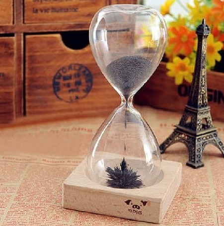 Hand-blown Timer Magnet Hourglass / Magnetic Hourglass 30 Seconds Awaglass free shipping