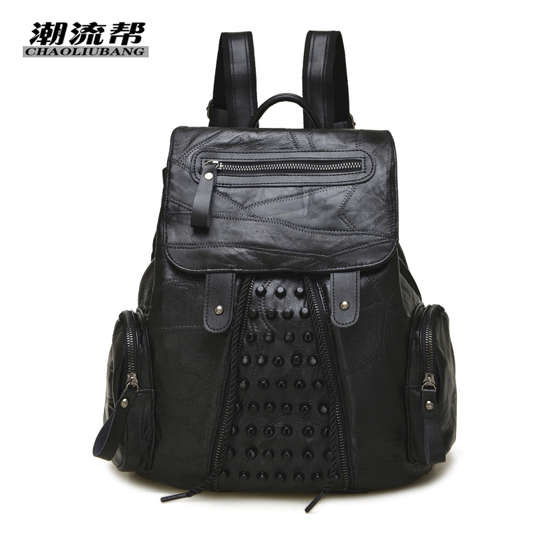 2017 New Women Backpack Fashion Cool Bag Genuine sheepskin Leather Women Bag Black girls Rivet Backpacks