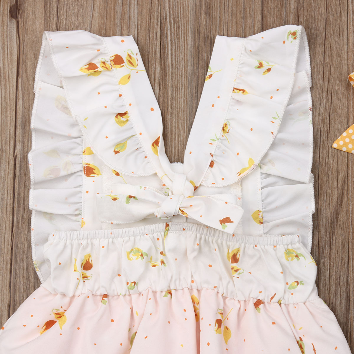 0 24M Newborn Baby Girls Flower Rompers Cute Lace Ruffles Jumpsuit Playsuit Floral Sleeveless Baby Girl Costumes Summer Clothes in Rompers from Mother Kids