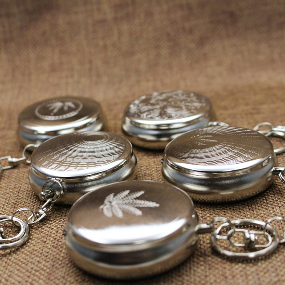 Small Ashtray Iron Metal Outdoor Mini Portable Keychain Household Round With