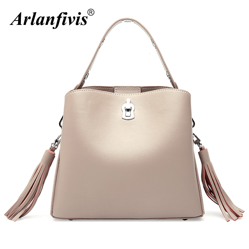 Arlanfivis Genuine Leather Fashion Tassel Crossbody Bags woman Leather Handbag Wide Strap Bucket Bolsa Purse Tote bags for women arlanfivis genuine leather new designer 2018 fashion woman bag cowhide large capacity female handbag wide strap crossbody bags