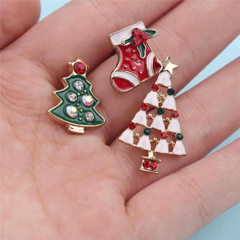 199cb53f0b6 ... Christmas Tree Stockings Enamel Pins Crystal Brooch Pin Christmas Gifts  Broche Femme Bijoux lapel pin Metal ...