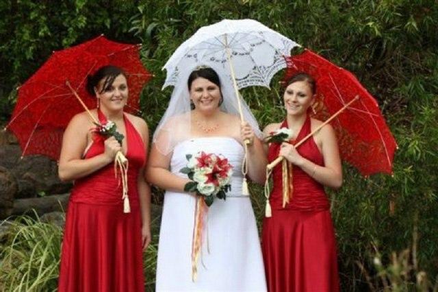 Manual cotton European hollow out noble umbrella lady princess umbrella, noble court supplies, wedding supplies
