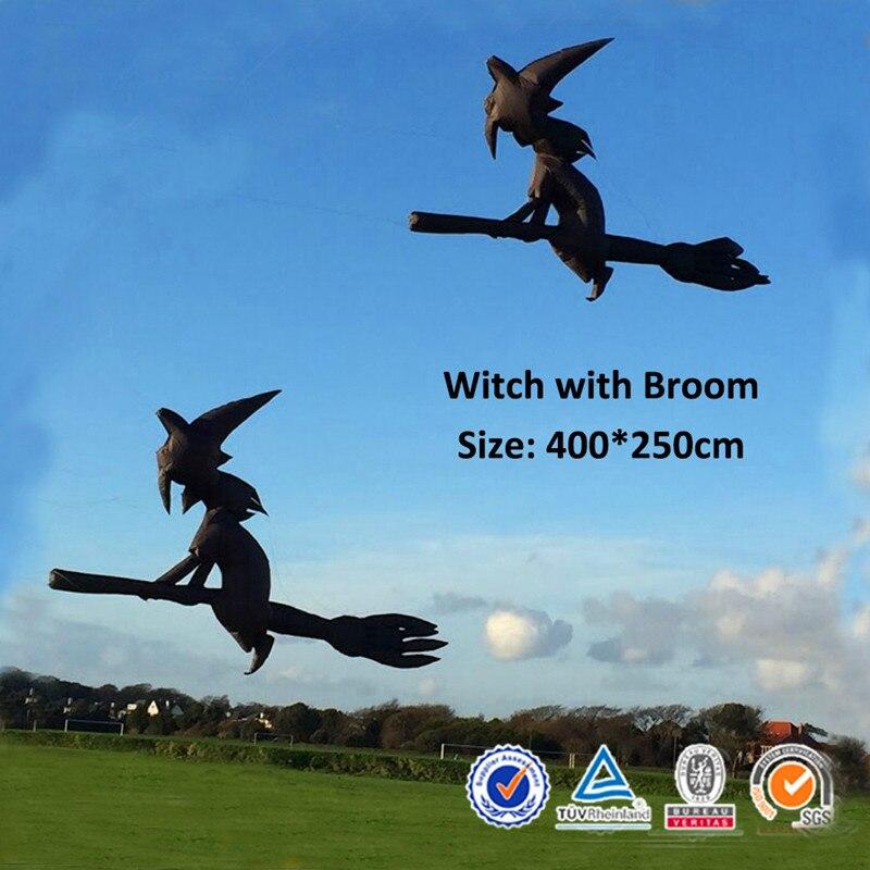 Livraison gratuite de haute qualité 4m sorcière avec cerf-volant gonflable broomgonflable ripstop nylon weifang cerf-volant usine surf cerf-volant tiges kitesurf bar grand