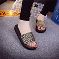Europe and America fashion trend of British style flat bottom with a simple word cute girl vacation home stretch with slippers