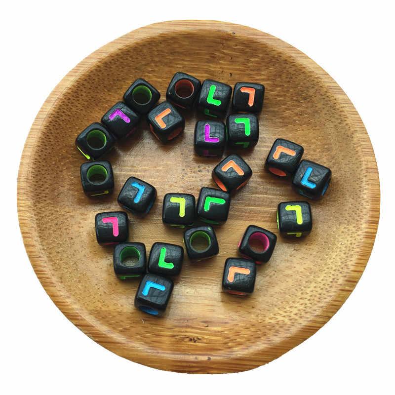7*7 Mm Nhiều Màu Sắc Đơn Chữ L In Acrylic Bảng Chữ Cái Hạt Đen Cube Khối Vuông Nhựa Ban Đầu Lỗ Lớn Không Gian Siêu Tốc hạt