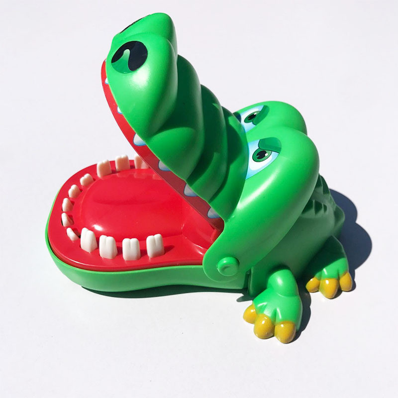 Large  Krokodil toy Crocodile Shark Mouth Dentist Bite Finger Game Funny  Gift Gags Novelty  Novelty Gag Toy for Kids Children
