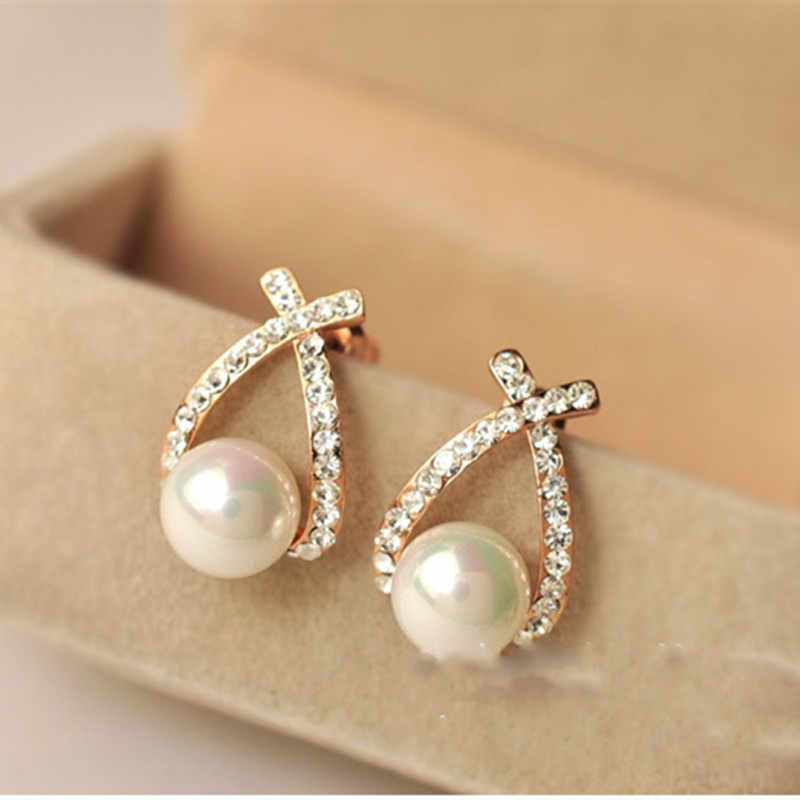 E0156 Fashion Jewelry Simulated Pearl Drop Earrings Cute Bowknot Dangle Earrings For Women Shiny Crystal Wedding Jewelry Elegant