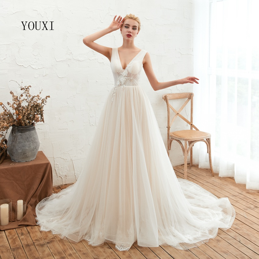 Sexy V-Neck YOUXI Wedding Dresses 2019 New Backless Appliques Lace Bridal Gowns Court Train vestidos de noiva