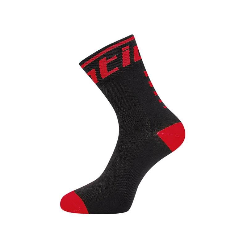 HTB1RxtAbHorBKNjSZFjq6A SpXa5 - Santic Sport Cycling Socks Breathable Anti-sweat Basketball Socks Running Hiking Men Socks