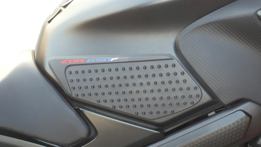 Motorcycle 3D Fuel Gas Tank Knee pad 3M For Honda CBR650F 2000-2017 Universal