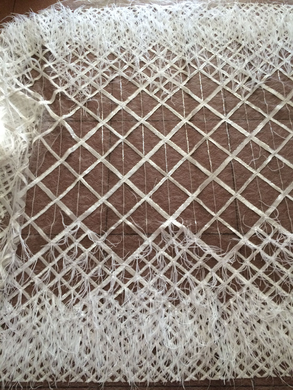 African Tulle feather comfortable Sequins Lace Fabric 2017 French Lace Fabric High Quality Nigerian Embroidery Net French Laces