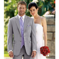 New Arrival Light Grey Groomsmen Suits fashion Style Two Buttons Best Man Wedding Groomsman Suit Three Pieces Formal Suits